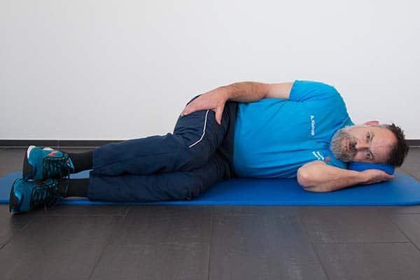 Dehnung Quadriceps 2 Physiotherapie Binningen